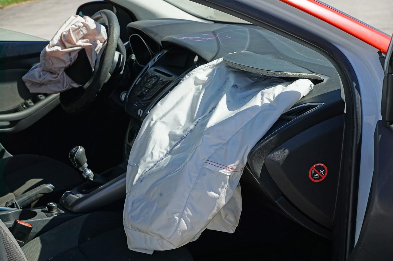 מאבטחת נפצעה בתאונה בדרכה לעבודה: הפניקס תשלם כ-400 אלף שקל