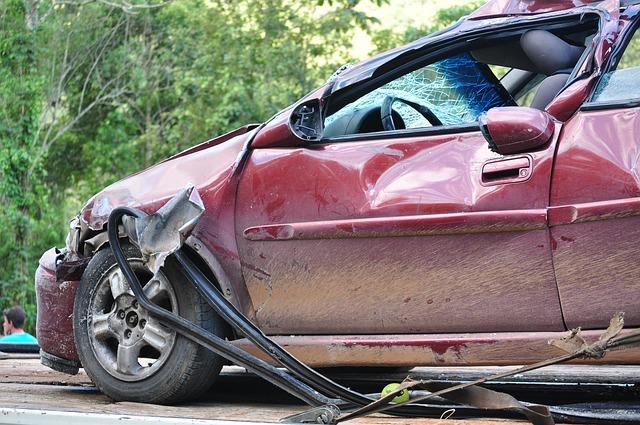 נזיקין בגין תאונת דרכים